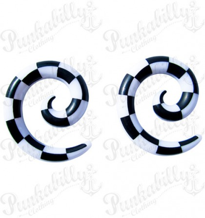 White & Black Checked Spiral Taper